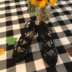 💃🏻Kelly & Katie💃🏻 Black Heels Size 7